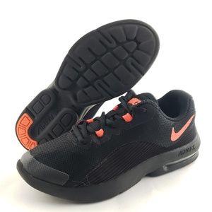 Nike Air Max Advantage 2 Sz 3.5Y Wo's5.5